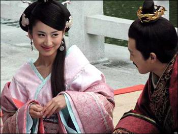 《母仪天下》分集剧情 第33集 母仪天下大结局 封后并未使刘骜更加